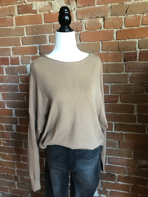 Made in Italy - Knitted Long Sleeve Sweater Camel