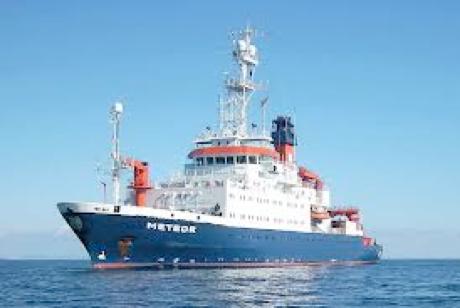 Navio de pesquisa alemão R/V Meteor
