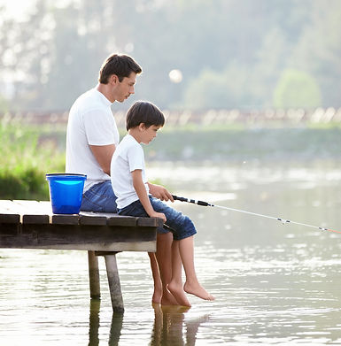 family-fishing-PSY55VZ.jpg