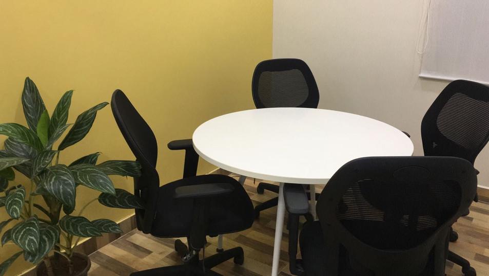 meeting room 2.jpeg