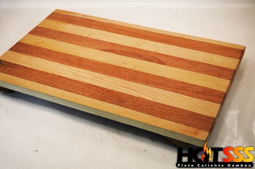 Platos de fierro vaciado con madera gamboa y deshebradoras de carne monster (93) (Copiar)