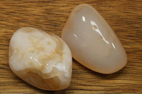 Carnelian (white)