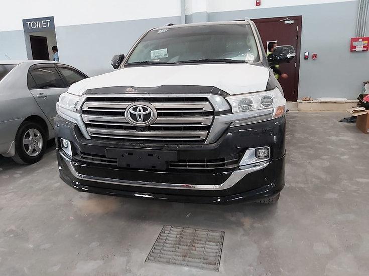 Toyota Land Cruiser Diesel V8 VXR NEW