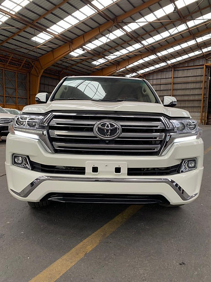 Landcruiser V8 essence Petrol 2015