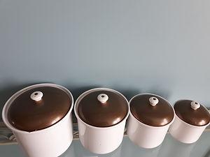 pots.cuisine.vintage.25dollars.jpg