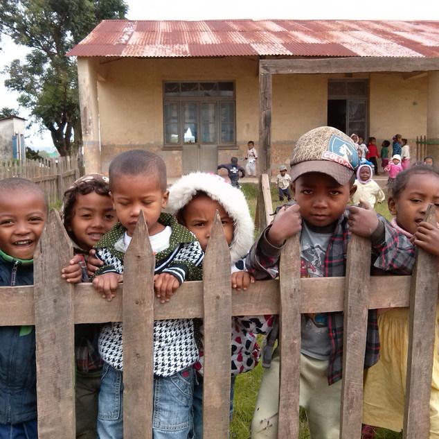 children-1608266_1920.jpg