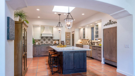 3 Ways to Incorporate Color into your Kitchen