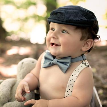 Bébé en séance photo vintage