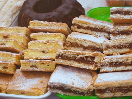 Hungarian Almas Pite (Apple Cake)