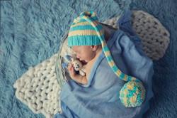 studio newborn photography