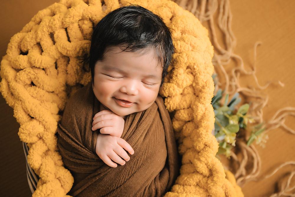 newborn baby boy, studio newborn photography