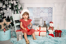 Get into the festive spirit with a Christmas mini session