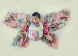 Education in newborn photography