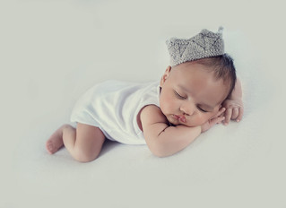 Do I need to bring something for my newborn photo session?