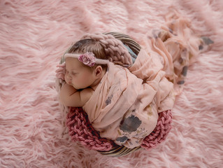 Sharing my experience as a newborn photographer with international students