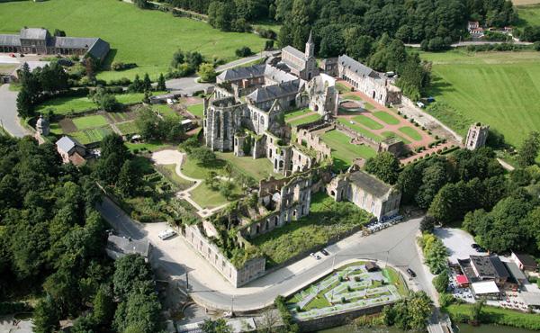Autour de l'Abbaye d'Aulne
