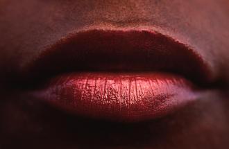 Hot lips