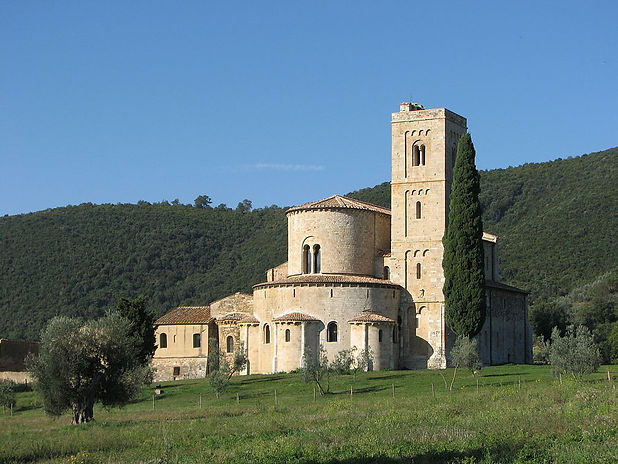 Abbazia di Sant'Antimo.jpg