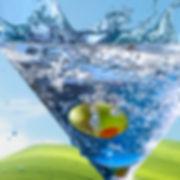 splash water vodka olive bubbles photograpy martini