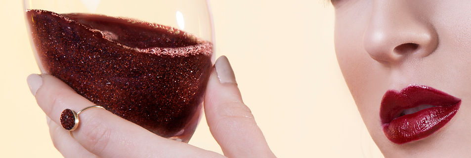 crystal red wine photoshop glamour