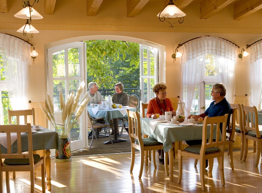 Frühstücksraum_Terrasse#D8C8