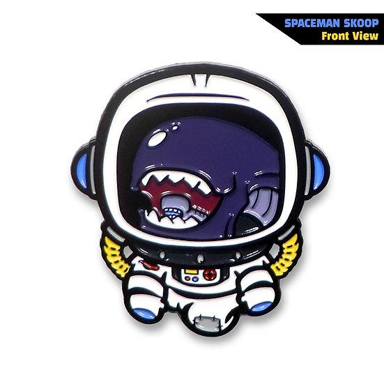 Spaceman Sköop Enamel Pin