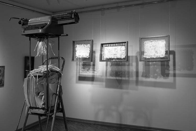 """Инсталляция """"Optima-тексты для шредера"""" 2020 г. Балтийская биеннале искусства Книги 2020 г. IFA  Санкт-Петербург"""