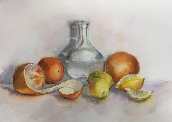 Графин с апельсинами и лимонами