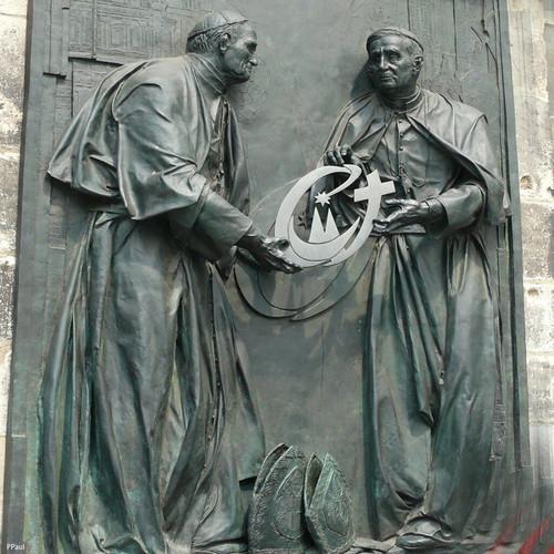 № 23 Лепка8    Надгробие римских пап.jpg