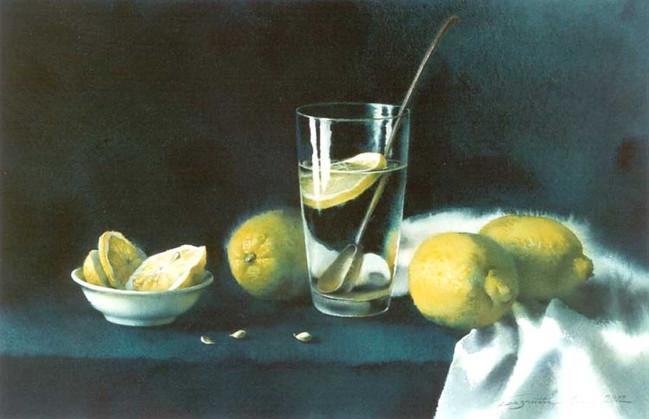 Стакан с лимонами