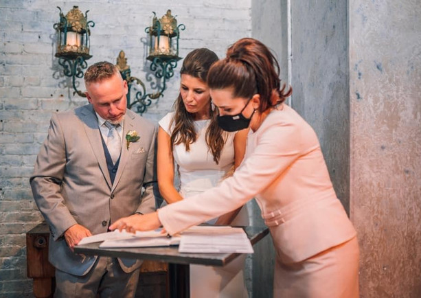 How to get marriage licence in North York