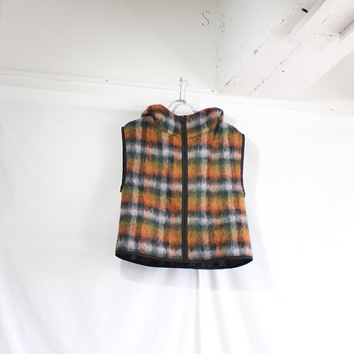 formuniform by aiste nesterovaite vest with the food size.M