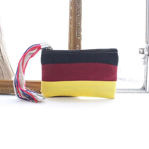 maitri 国旗ポーチ GERMAN size.S