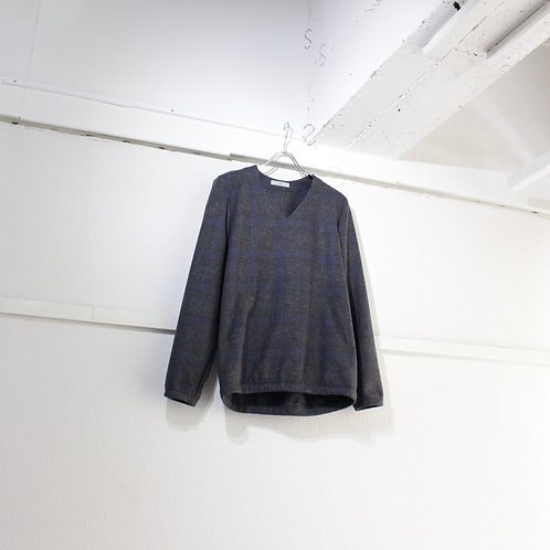 ohta check wool Vneck size.M1