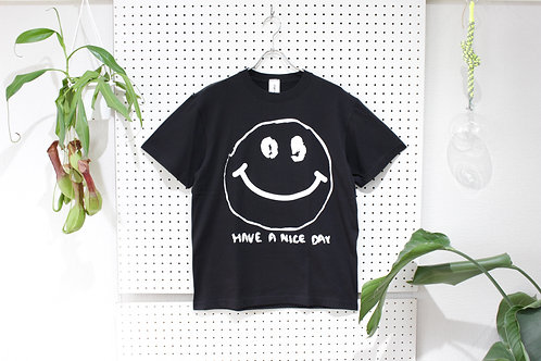 omiyage by pourton de moi  SMILEY Tee black size.M
