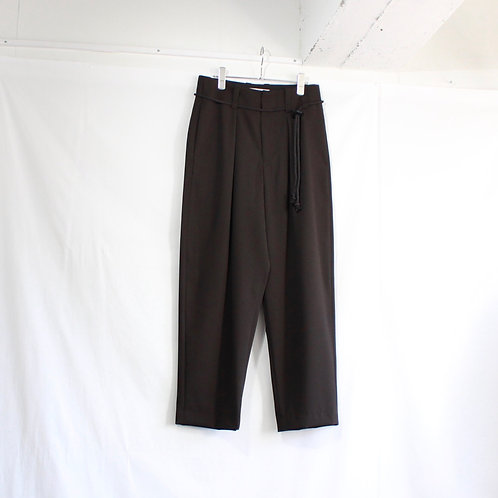 ETHOSENS Rope belt tapered trousers