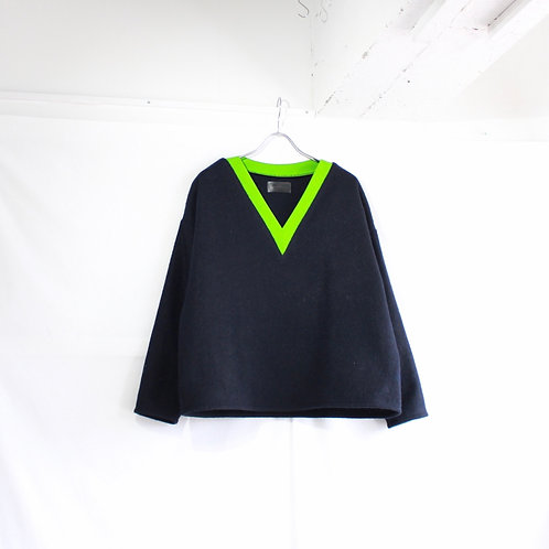 formuniform by aiste nesterovaite Vneck sweater size.S