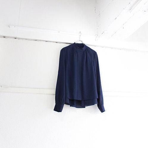 ohta navy blouse size.W1