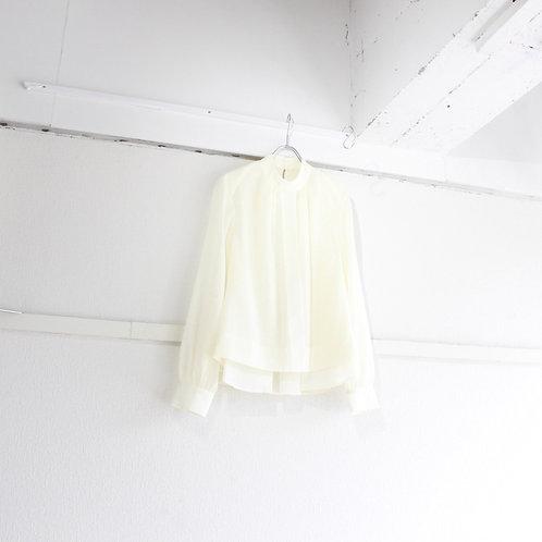 ohta white blouse size.W1