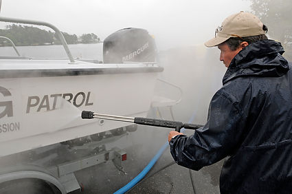 Clean off invasive species from your outdoor gear - Tips for boaters
