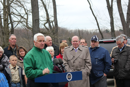 April 25, 2014 Governor Corbett Commits $2 million to Restore Glade Run Lake in Valencia, PA.