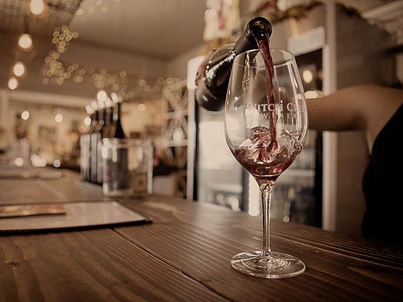 home_wineclub.jpg