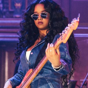 H.E.R.! Behind the Mantra is a Voice and Story that Mesmerizes