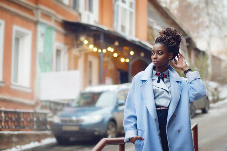 Fashion influencer streetstyle shot