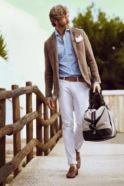 Light colour pants 🤍