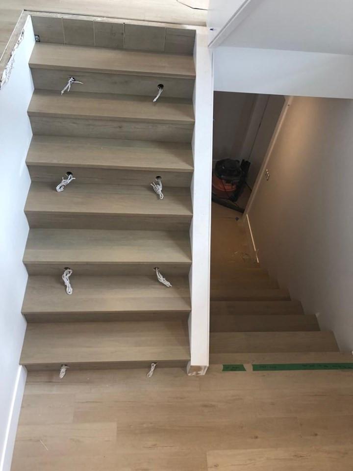 stairway down.jpg