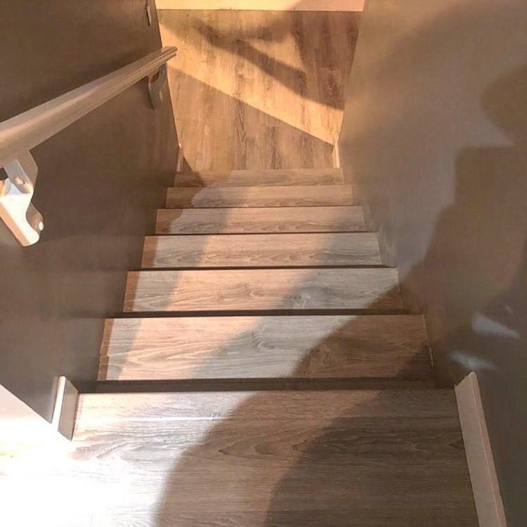 stairway down1