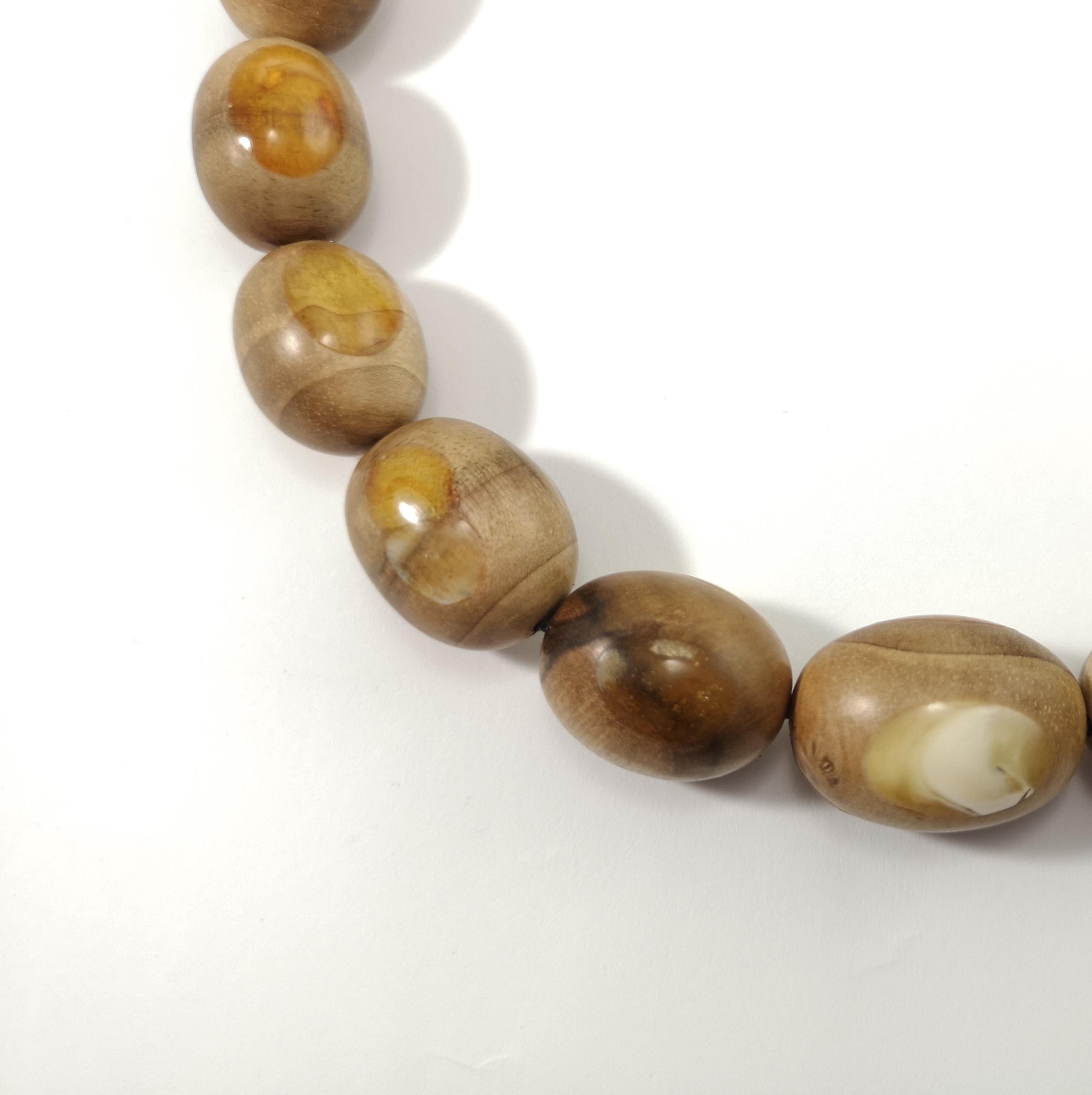 amber wooden pendant (27)