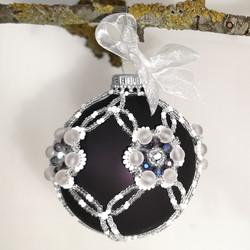 18049-3 Xmas ball
