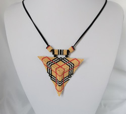 21076-4 3D TRIANGLE SEED BEADS PENDANT